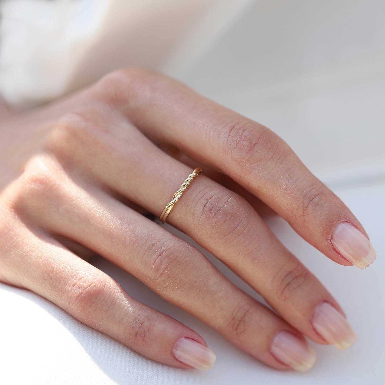 14 Karat Designer Goldring